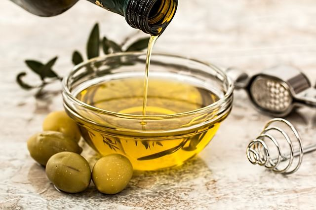 how to use olive oil while cooking